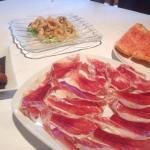 El menú de groupon. Pica pica de primeros y carne o pescado de segundos
