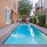 Hampton Inn New Orleans - St Charles Ave / Garden District