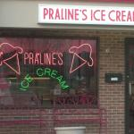 ‪Praline's Ice Cream‬