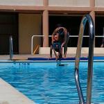 Avec Murielle la maître-nageuse qui déchire!