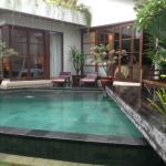 private pool with dining room & bedroom