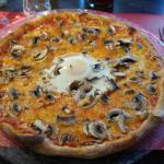 pizza parisienne (champignon, oeuf)