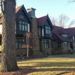 Victorian Tudor Inn Bild