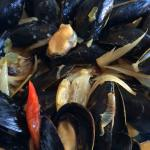 Mussels w/lemongrass sauce and a hint of coconut