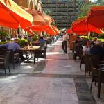 صورة فوتوغرافية لـ Garden Promenade Café