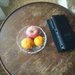 Mini bar and fruit