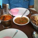 Myra Restaurant Foto