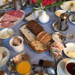 Wunderbares Frühstück mit sehr zuvorkommenden Service!!!