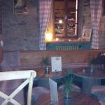 Un décor cosy et chaleureux avec beaucoup de bois, typiquement savoyard