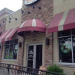 Pats Pizzeria and Family Restaurant