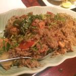 Arroz frito thailandesa, no soy de comer arroz pero este me encanto, dulce y rico!