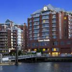 Coast Victoria Harbourside Hotel & Marina by APA