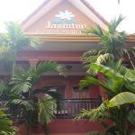 Photo de Jasmine Family Hostel