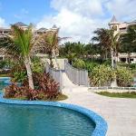 Pool - The Crane Resort Photo