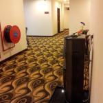 Photo de Hallmark View Hotel