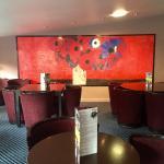 Nous venons d effectuer des travaux , voici le nouveau look de notre restaurant, bar à vins et c