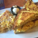 french toast sandwich: bacon, cheesy hashbrowns, eggs...I was so full.....