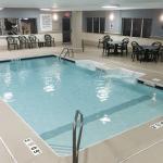 Holiday Inn Express-Fort Wayne East - Pool Area
