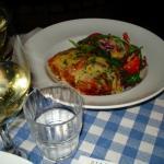 Lasagnes et salade composée.