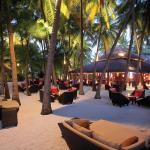 Sails Bar and Palm Garden