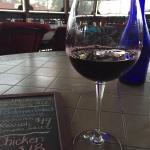 Foto Cozy Grape Wine Bar and Bistro