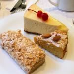 Десерты от 200 до 250 рублей за 1 шт