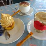 Lemon cupcakes and coffees