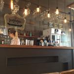 Foto de The Institution Craft Beer & Cocktail Bar