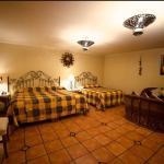 Photo de Hotel Hacienda del Sol