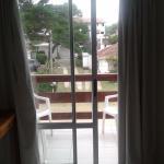 Nos toco una habitación con un hermoso balcón a la calle.