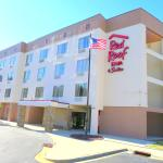 Photo de Red Roof Inn & Suites Fayetteville - Fort Bragg
