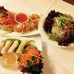 Vorspeisen: Glasnudelsalat, Frühlingsrolle/Shrimps, Garnele im Teigmantel