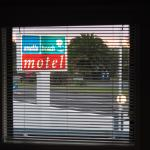 Snells Beach Motel Photo