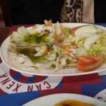 Sepia con ensalada