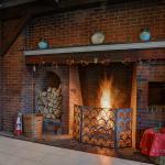 Tavern Restaurant Fire Place