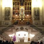 Altare centrale della cattedrale durante una liturgia