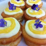 our delicious lemon and yoghurt cakes served with lemon curd and yoghurt