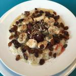 Really good service, and the best porridge of my life!!!