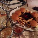 Dinky Burgers e Trio de Margaritas