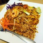 Pad thai!:) yummy