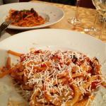 10 Antipasti und danach die hausgemachte Pasta della casa