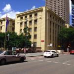 Photo de Adina Apartment Hotel Brisbane Anzac Square