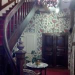 escaliers de l'étage et coin repos
