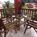 Foto Sidewalk Never Die Hotel Siem Reap