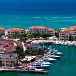 Los huéspedes del Eden Roc At Cap Cana tienen acceso al club de playa privado Caletón solo para