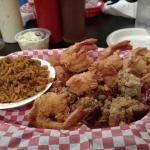 Jumbo shrimp and oysers