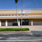CLOSED  Former Home Town Buffet  closed  for lease