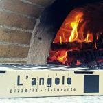 L'angolo pizzeria-ristorante