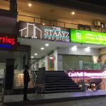 The Staayz Premium