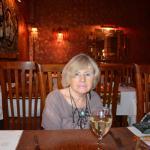 2016_Restaurant Thaï_Louxor_07_la salle_une cliente